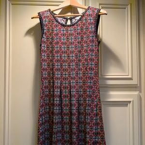 Max studio patterned dress.  Very comfortable.